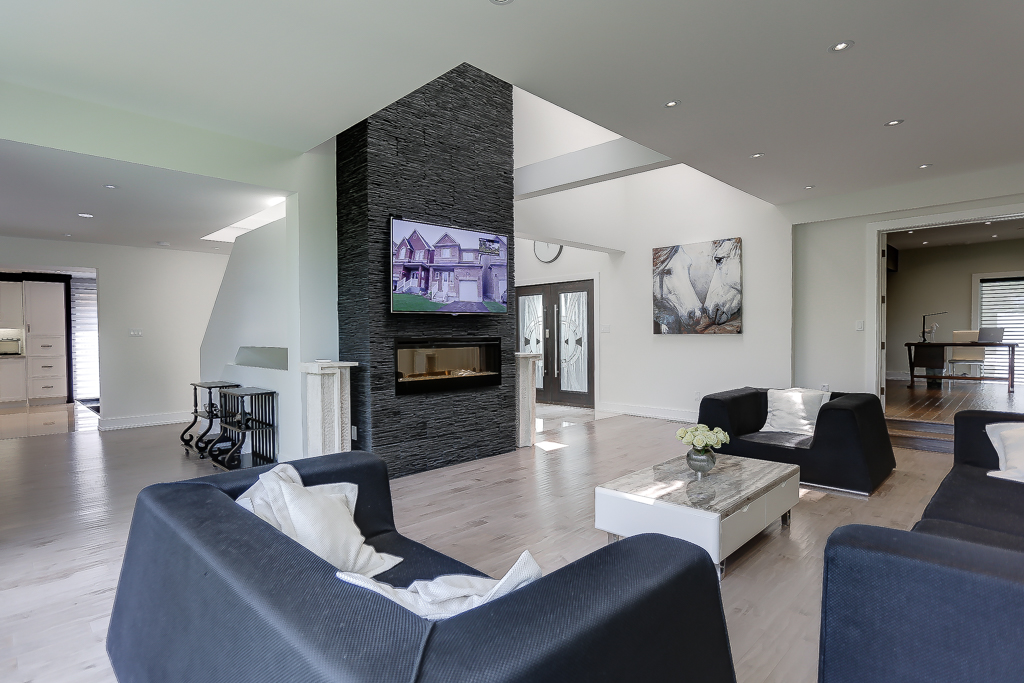 House remodel and interior design north york dezcan for Redesign home interior